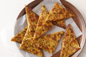 cauliflower-cheese-and-garlic-flat-bread-31618_l